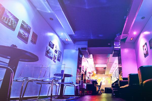 interior-blanco-bar